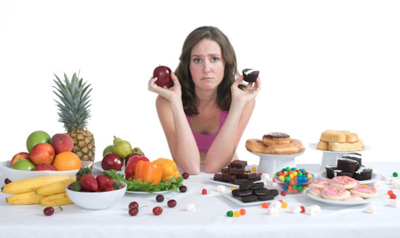 Healthy-Food-Vs-Junk-Food-Royalty